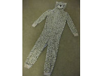 FABULOUS SNOW LEOPARD ONESIE - IMMACULATE CONDITION Age 8-9 - warm & cuddly BARGAIN PRICE!!