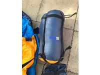 2 hi gear sleeping bags