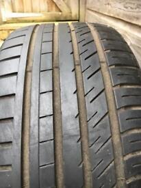 245/35/19 Falken AZENIS part worn tyre 4mm