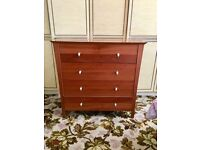 4 drawer chest of drawers excellent condition