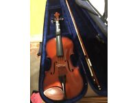 VIOLIN SIZE 4/4 FOR GOOD PRICE IN GREAT CONDITION