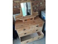 Chest of drawers with small mirror