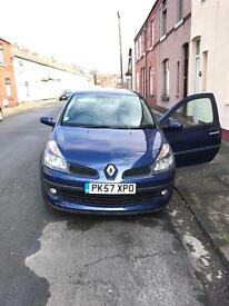 Renault Clio 1.4 57plate, ex-demo, 1 owner, great run around/first time car!Low miles, full service