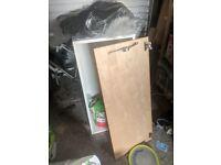 FREE kitchen cupboard, 94cm by 40cm
