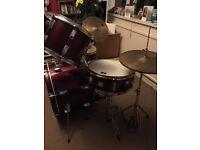 CB drum kit , full size drum kit,, old but good for learning !