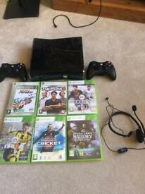 Xbox 360, 2 controllers & 6 games