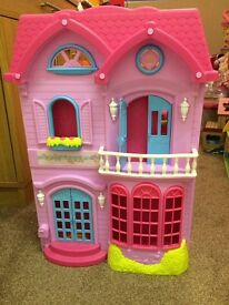 Rosie's world dolls house. Early learning centre