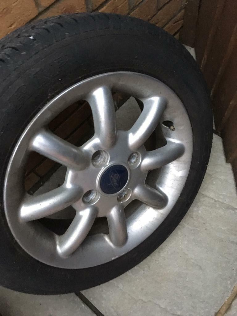 Ford Ka Alloy Wheels From Newer Style From A  Ka Good Tyres Need A