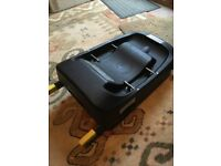 Simplicity isofix base and car seat