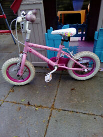 Girl's Princess bicycle Excellent condition. Suit 3 - 6 year old.