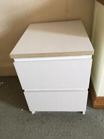 2 matching white 2 drawer bedside tables for sale
