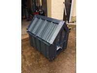 Dog kennel,small/medium dog, chew proof tin exterior, pvc inside, insulated, removable roof