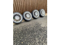A lovely set of 18 inch alloy wheels & Tyres