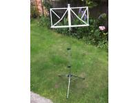 Compact collapsable music stand. Used but no wear&tear