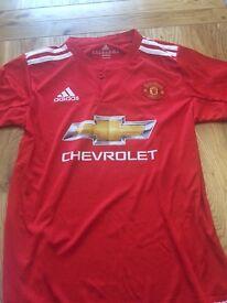 New Man united kids football kits