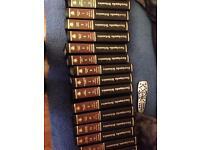 28 encyclopaedia britannica books 📚
