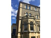 Double room in Large Second Floor Flat on Pembroke Road