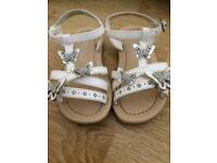 Primark little girls sandals size infant 6 white silver butterflies