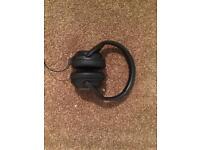 Brookstones soundproofing headphones