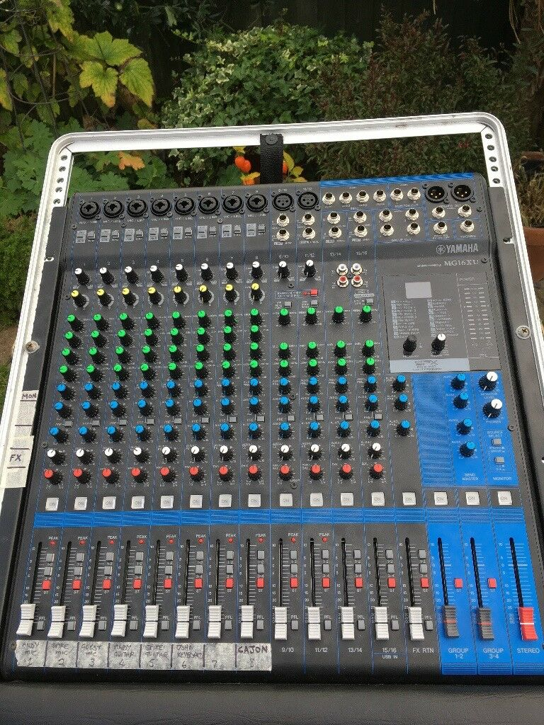 Yamaha Mg16xu Mixing Desk In Gator Case Blaby Leicestershire