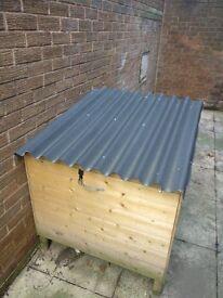 New duck / hen house for back garden