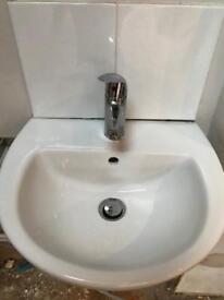 Small single basin sink