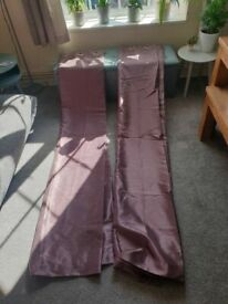 purple Curtains in very good conditions 2.27x1.68cm long x wigth