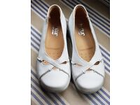 Ladies Hotter shoes. Brand new Uk size 3 - white leather