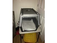 Atlas 40 pet carrier