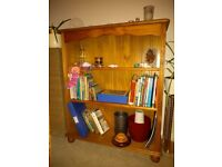 Pine bookshelf in good condition