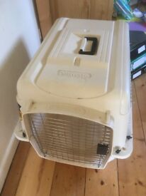Airline approved transport box medium dog or cat