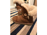 Authentic UGG boots good condition size 2 UK womens