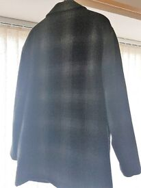 Mens Check Coat Large