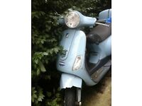 vespa et2 2008 6500 mile only very good engine fast mint dent on body