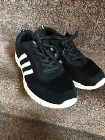 Adidas runners size 7 mens