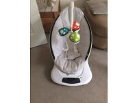 4Moms Mamaroo in Grey- Great Condition