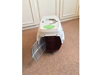 Pet Carrier (5kg) suitable for kittens, small cats and dogs