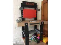 BLACK DECKER toy work bench