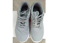 Lonsdale grey mesh trainers, size 8 for £15.