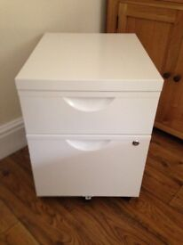 IKEA WHITE 2 DRAW LOCKABLE FILING CABINET