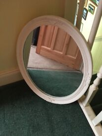 Vintage style mirror and accessories