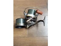 Wychwood 75 pit reel with spare spool fill with 15lb korda cable line.