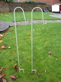 Garden plant hangers x2