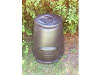 220 litre black composter