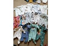 Baby clothes 0-3months. 33 items