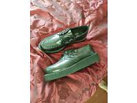 Teddy boy creppers size 10