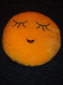 emoji cushion 3