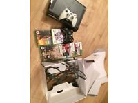 Xbox 360 120 GB With Box / 2 Controllers / 5 Games