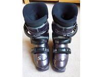 Salomon Ski Boots size 22.0 (UK 3)