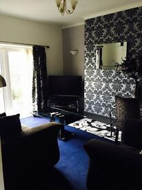 LARGE ROOM TO RENT IN SHARED HOUSE STOKE ON TRENT